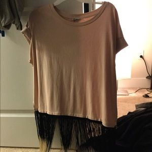 VERY UNIQUE ZARA TEE WITH LONG TASSELS